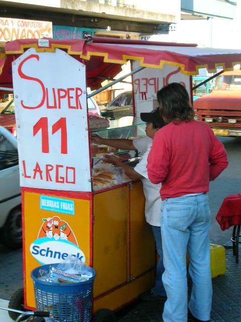 Uruguay hotdog stand picture