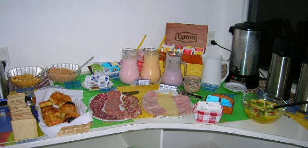 Uruguay Hotel Breakfast picture