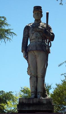 Statue in the Paysandu Cemetery